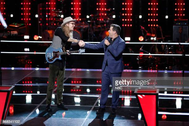 THE VOICE 'Battle Rounds' Pictured Dennis Drummond Carson Daly