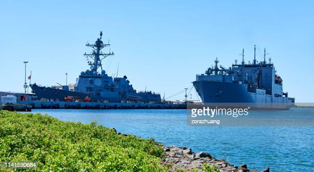 battleship at pearl harbor, honolulu, hawaii, usa - military base stock pictures, royalty-free photos & images
