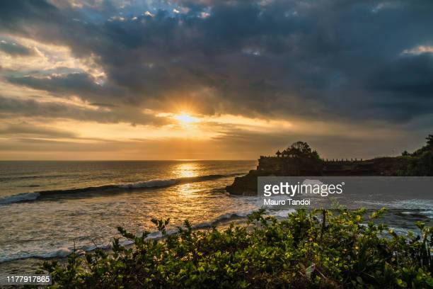 batu bolong temple, bali, indonesia - mauro tandoi stock photos and pictures