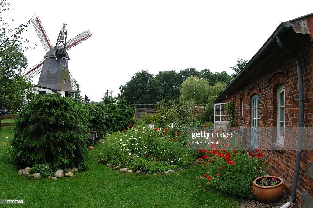 Bauernhaus Mit Mühle, Worpswede (bei B R E M E N), Teufelsmoor,  Niedersachsen, Deutschland,