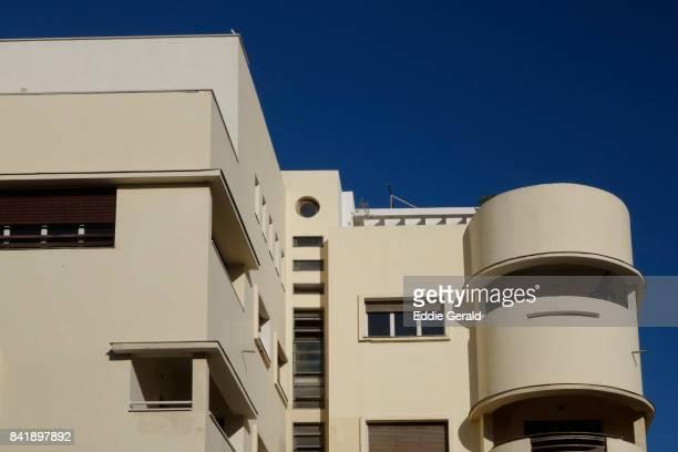 bauhaus architecture in tel aviv - bauhaus art movement stock pictures, royalty-free photos & images