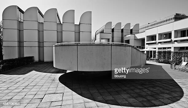 bauhaus archiv (berlin landmark) - bauhaus art movement stock pictures, royalty-free photos & images