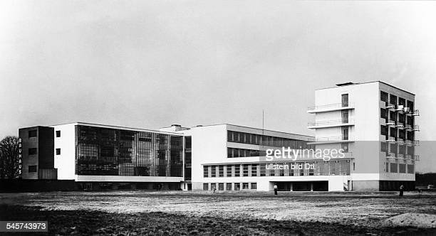Bauhaus Dessau Aussenansicht um 1932