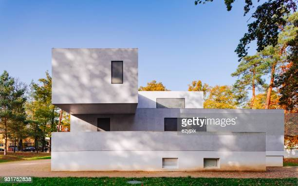 "bauhaus dessau - master houses ""walter gropius master house"" - saxony anhalt stock pictures, royalty-free photos & images"