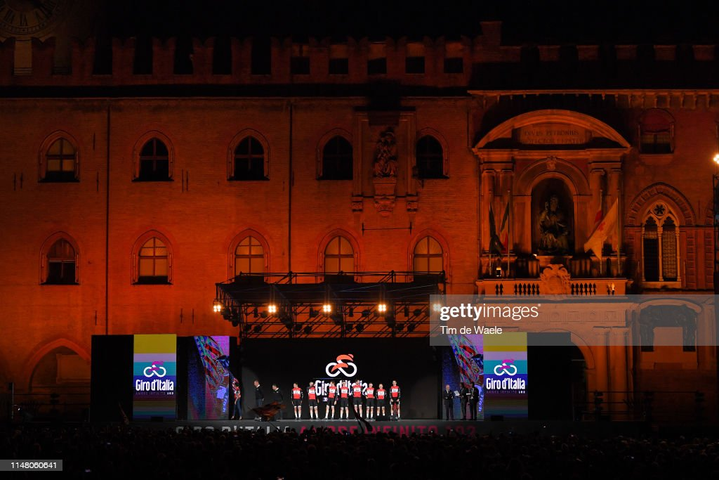 102nd Giro d'Italia 2019 - Team Presentation : ニュース写真
