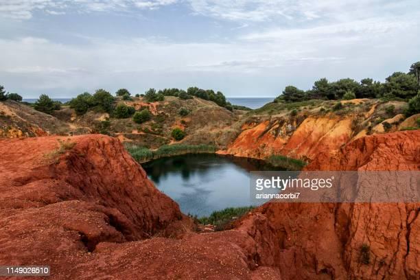 bauxite quarry near otranto, lecce, puglia, italy - 石切場 ストックフォトと画像