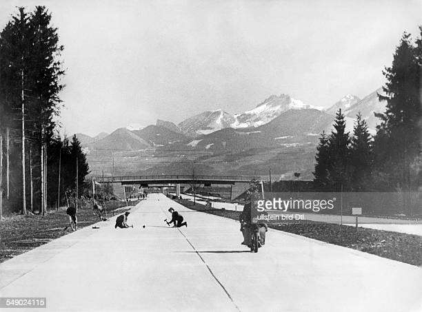 Bavaria Autobahn MunichSalzburg Section from Weyarn to Rosenheim shortly before opening to traffic March 1936