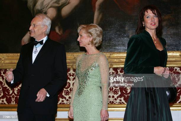 Bavarian State governor Edmund Stoiber and his wife Karin refuse a common picture with critic Gabriele Pauli district administrator of the Bavarian...