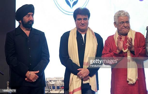 GS Bawa Raj Babbar and Om Puri at Baisakhi Celebration cohosted by G S Bawa and Punjab Association Of India on April 13 2013 in Mumbai India
