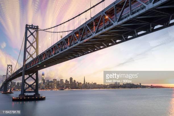 bay bridge - san francisco bay bridge stock pictures, royalty-free photos & images