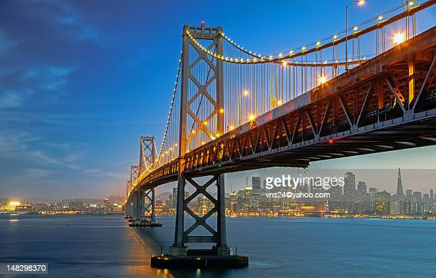 bay bridge - oakland bay bridge stock pictures, royalty-free photos & images