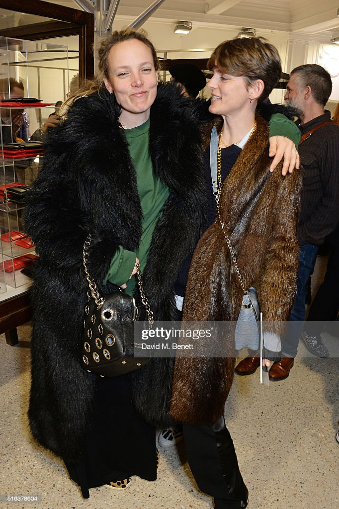 Bay Garnett (L) and Stella Tennant attend an exclusive VIP preview of the Dover Street Market on March 18, 2016 in London, England.