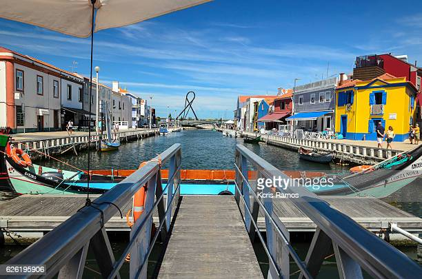 bay of aveiro ports on sunny day and blue sky in portugal - アヴェイロ県 ストックフォトと画像
