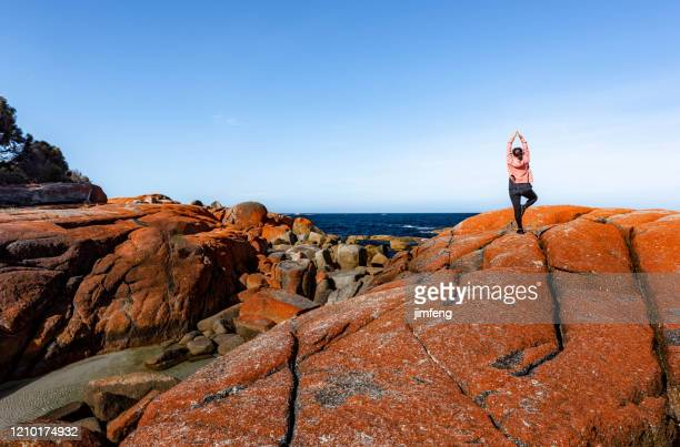 bay of fires conservation area, tasmania, australia - boulder county stock pictures, royalty-free photos & images
