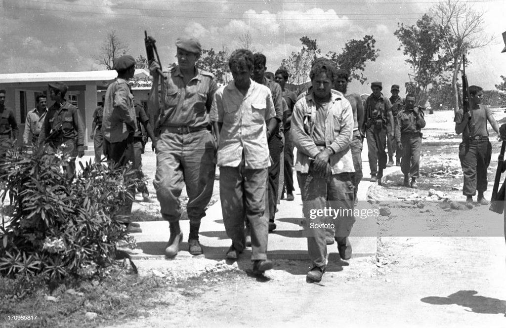 Bay of pigs, 1961, captured mercenaries during the bay of pigs invasion. : News Photo