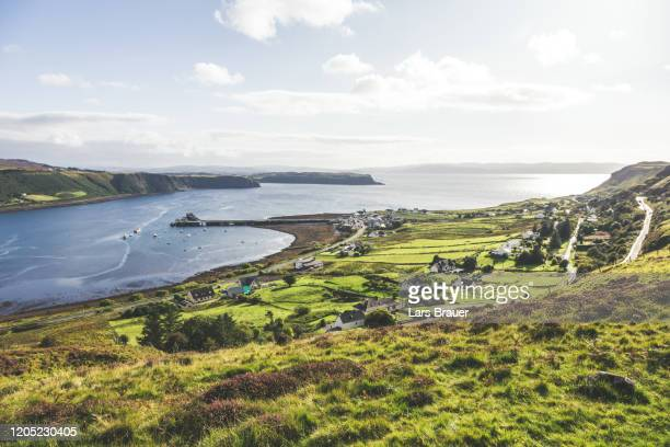bay of uig in scotland - sun stock pictures, royalty-free photos & images