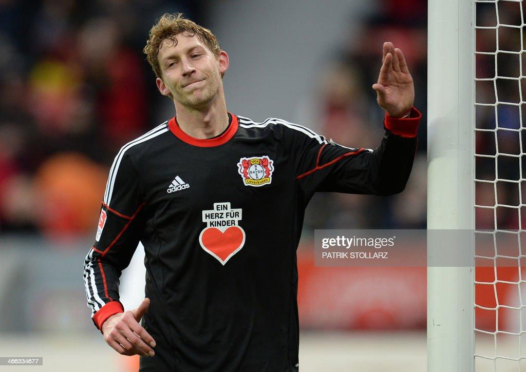 Bayer Leverkusen's striker Stefan Kiessling reacts during the German first division Bundesliga football match Bayer Leverkusen vs VfB Stuttgart in Leverkusen, western Germany on February 1, 2014. PHOTO / Patrik STOLLARZ
