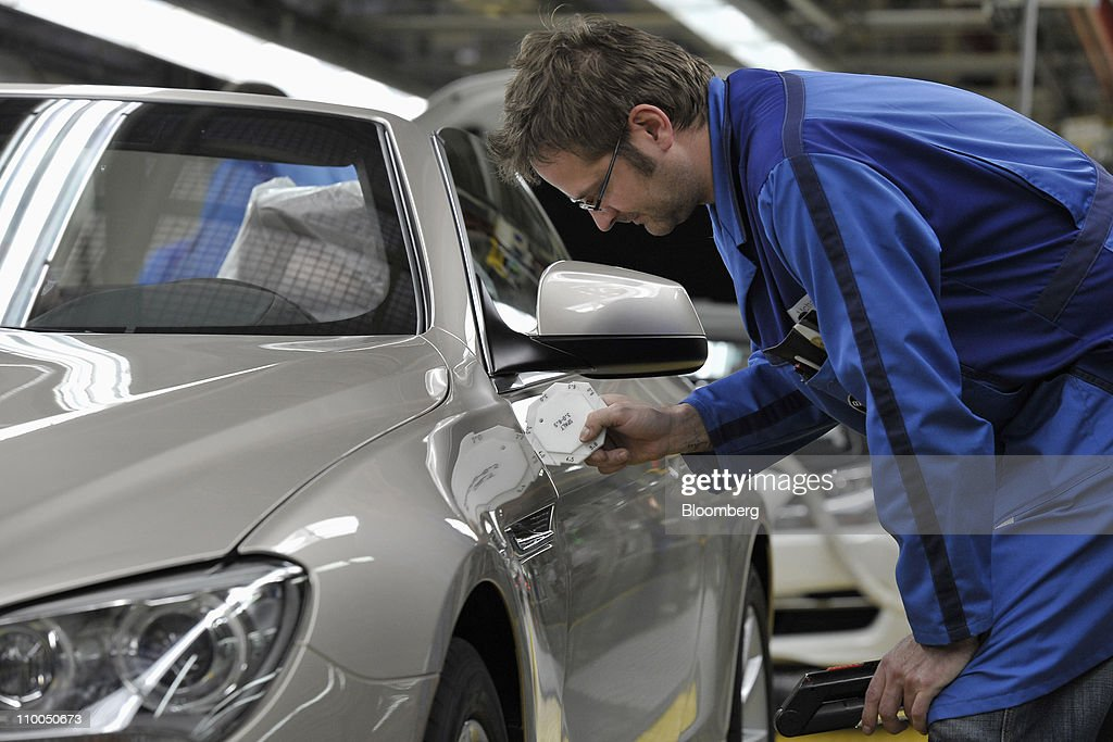 BMW Production Plant Ahead Of Earnings : News Photo