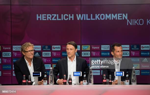 Fußball Bundesliga Pressekonferenz FC Bayern München mit der Vorstellung des neuen Trainers in der Allianz Arena Pressesprecher Dieter Nickles der...