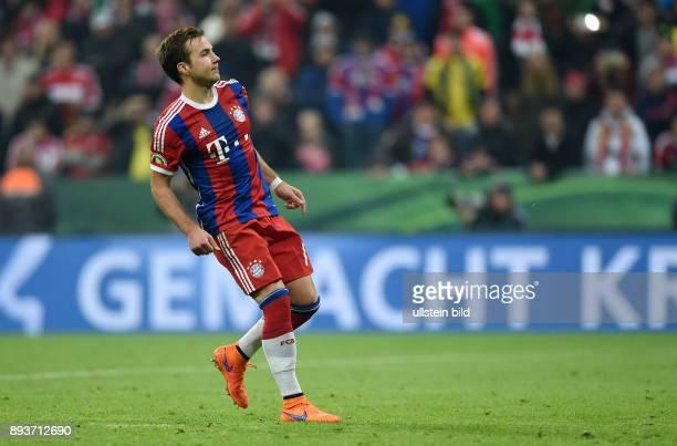 FUSSBALL FC Bayern Muenchen Borussia Dortmund Enttaeuschung Elfmeter Juan Bernat vergibt beim Elfmeterschiessen
