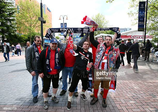 Bayern Muenchen fans enjoy the atmopshere outside Wembley Stadium ahead of the UEFA Champions League final match between Borussia Dortmund and FC...