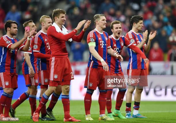 FUSSBALL CHAMPIONS FC Bayern Muenchen FC Schachtar Donezk Schlussjubel FC Bayern Muenchen Juan Bernat Rafinha Sebastian Rode Thomas Mueller Bastian...