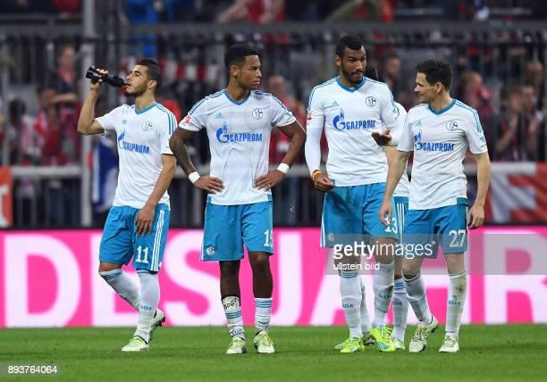 FUSSBALL 1 BUNDESLIGA SAISON FC Bayern Muenchen FC Schalke 04 Entaeuschung FC Schalke 04 Younes Belhanda Dennis Aogo Eric Maxim ChoupoMoting und...