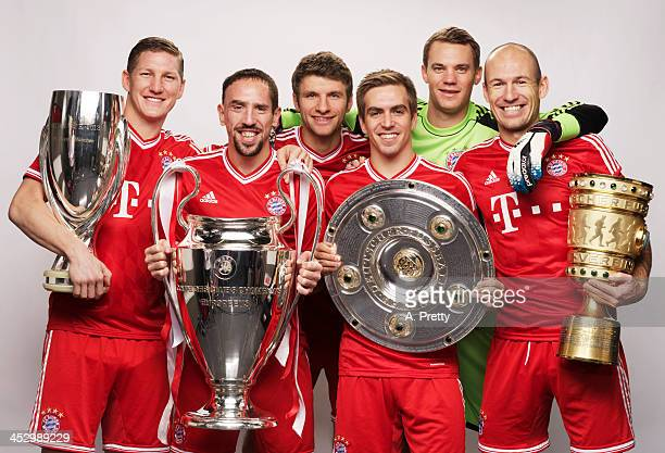 FC Bayern Muenchen FIFA Ballon d'Or nominees Bastian Schweinsteiger Franck Ribery Thomas Mueller Philipp Lahm Manuel Neuer and Arjen Robben pose with...