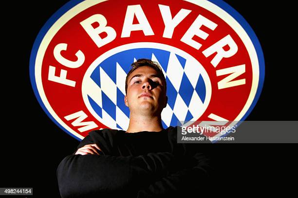 Bayern Muenchen player Mario Goetze poses during his visit at the FC Bayern Erlebniswelt museum at Allianz Arena on November 22 2015 in Munich Germany