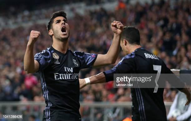Bayern Muenchen - Real Madrid Torjubel nach dem 1:2: Marco Asensio und Cristiano Ronaldo