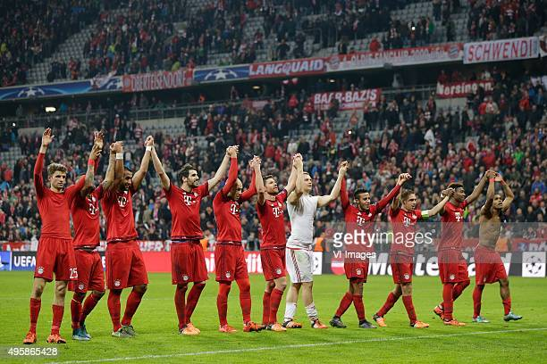 Bayern Munchen celebrate 51 against Arsenal during the Champion League group F match between FC Bayern Munich and Arsenal FC on November 4 2015 at...