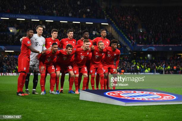 Bayern Munich line up prior to the UEFA Champions League round of 16 first leg match between Chelsea FC and FC Bayern Muenchen at Stamford Bridge on...
