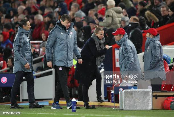"Bayern Munich ""Team Manager"" Kathleen Kruger talks to bench"
