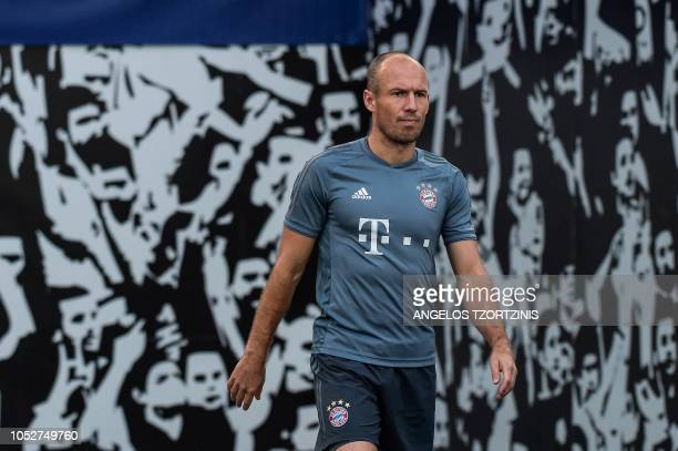 Bayern Munich's Arjen Robben arrives for a training session at the Athens' Olympic Stadium on October 22 2018 on the eve of the UEFA Champions League...