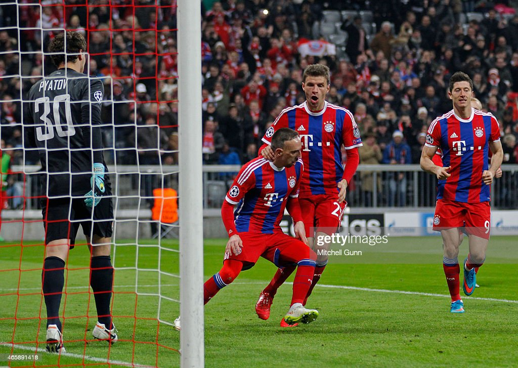 FC Bayern Muenchen v FC Shakhtar Donetsk - UEFA Champions League Round of 16 : Foto jornalística