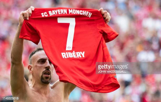 TOPSHOT Bayern Munich's French midfielder Franck Ribery celebrates after scoring during the German first division Bundesliga football match FC Bayern...