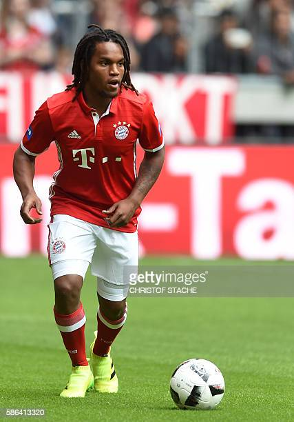 Bayern Munich's Portuguese midfielder Renato Sanches plays the ball during a training session of the German first division Bundesliga club FC Bayern...