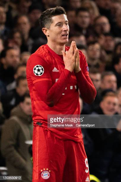 Bayern Munich's Robert Lewandowski during the UEFA Champions League round of 16 first leg match between Chelsea FC and FC Bayern Muenchen at Stamford...