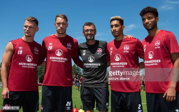 Fußball 1 Bundesliga Trainingsauftakt 1FC Nürnberg Die vier Neuzugänge Törles Knöll Torwart Christian Mathenia Kevin Goden und Timothy Tillman stehen...