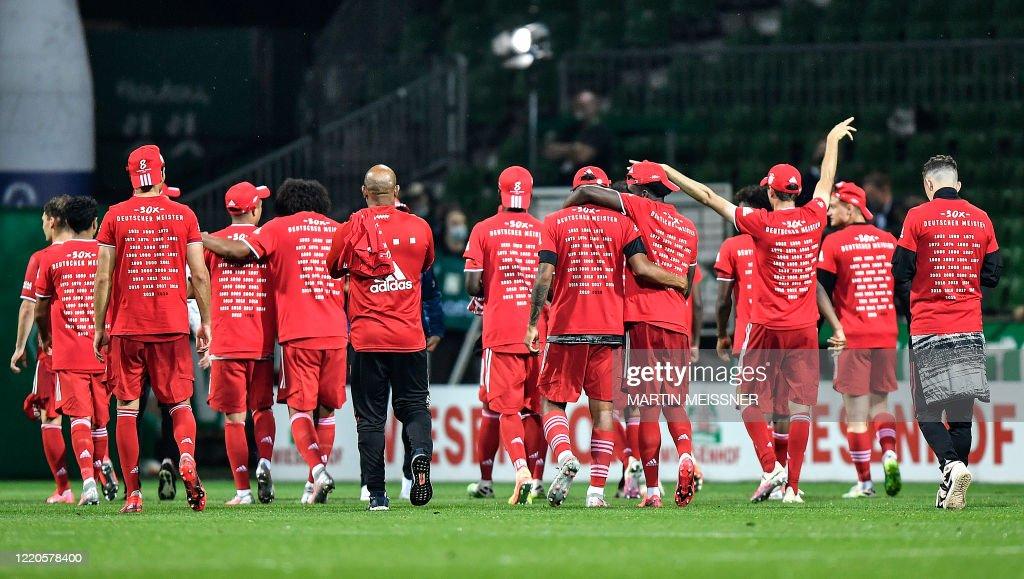 FBL-GER-BUNDESLIGA-BREMEN-BAYERN MUNICH : News Photo