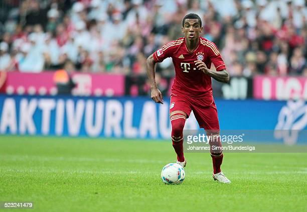 BayernSpieler Luiz Gustavo im Einsatz beim BundesligaSpiel zwischen dem FC Bayern Muenchen und Borussia Moenchengladbach am in der Muenchner...