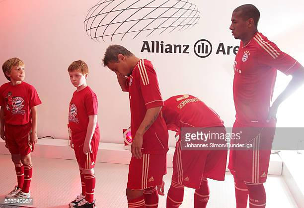 Bayern-Spielerwarten im Spieler-Tunnel auf den Start des Bundesliga Spieles zwischen dem FC Bayern Muenchen und Borussia Moenchengladbach am in der...
