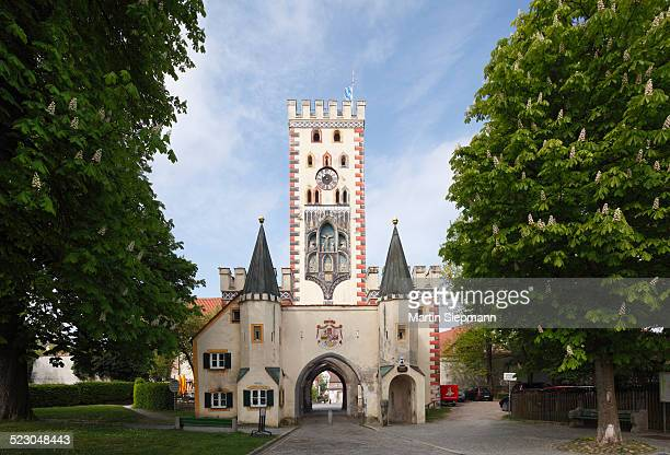 bayertor, bavarian gate, landsberg am lech, upper bavaria, bavaria, germany, europe - landsberg am lech stock pictures, royalty-free photos & images