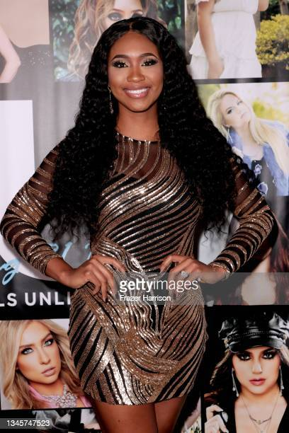 Bayleigh Dayton attends SU Magazine's 21st Anniversary Celebration at Avalon Hollywood & Bardot on October 09, 2021 in Los Angeles, California.