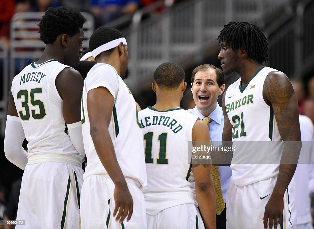 Big 12 Basketball Tournament - West Virginia v Baylor : News Photo