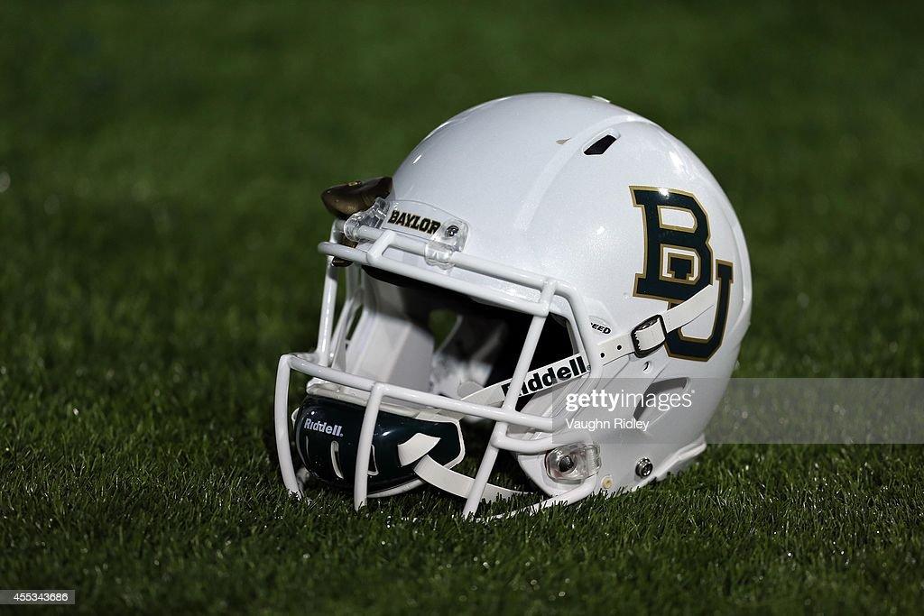 Baylor v Buffalo : News Photo