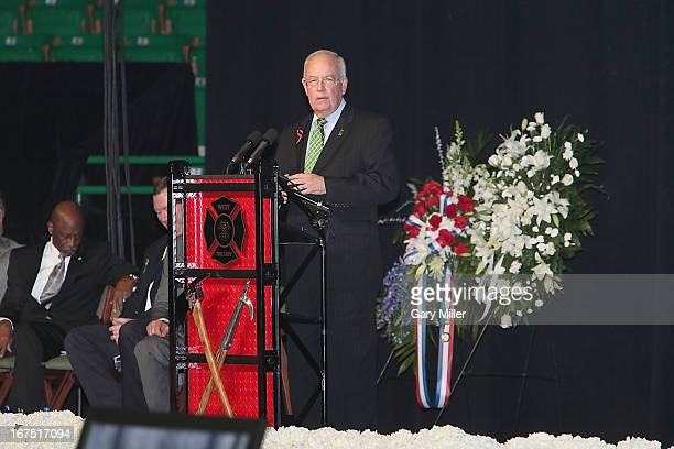 Baylor President Ken Starr speaks during the memorial service for the victims of the West Texas fertilizer plant explosion at Baylor University on...