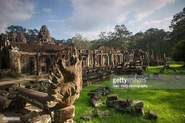 bayon ruin in angkor thom - khmer stock pictures, royalty-free photos & images