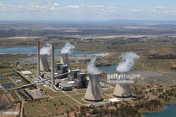 bayswater power station in hunter valley, nsw, australia - bayswater stock pictures, royalty-free photos & images