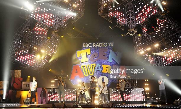 Bbc Radio 1'S Teen Awards Wembley Arena London Britain 07 Oct 2012 One Direction Niall Horan Louis Tomlinson Zayn Malik Harry Styles Liam Payne